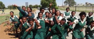 Het rapport 'Learning Generation' roept donorgemeenschap terecht op tot actie