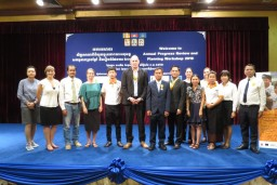 Groepsfoto van de VVOB-collega's in Cambodja