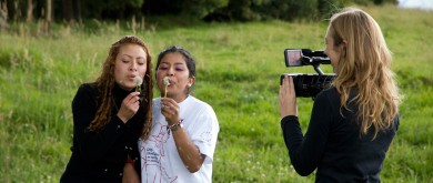 Two Colombian students in teacher training in Ecuador